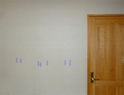テレビの壁掛けで墨出