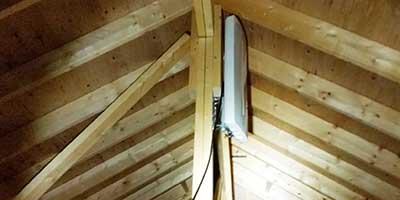 さいたま市西区ベルホームズ屋根裏アンテナ設置400x200