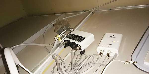 浴室点検口内へのブースター(BU33L2)設置