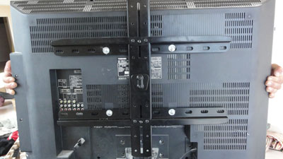 VMF220テレビ側固定金具