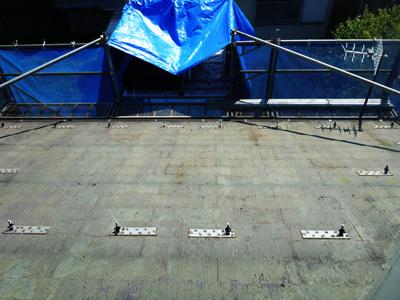 太陽光パネル取り外し後の屋根