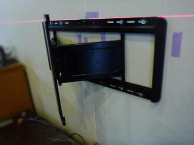 フルモーション金具VLF311の壁側金具の取付